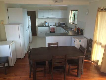 ROOM FOR RENT GLADSTONE