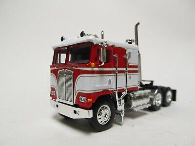 DCP / FIRST GEAR 1/64 SCALE KENWORTH K-100 FLAT TOP, RED & WHITE GOLD PIN STRIPE