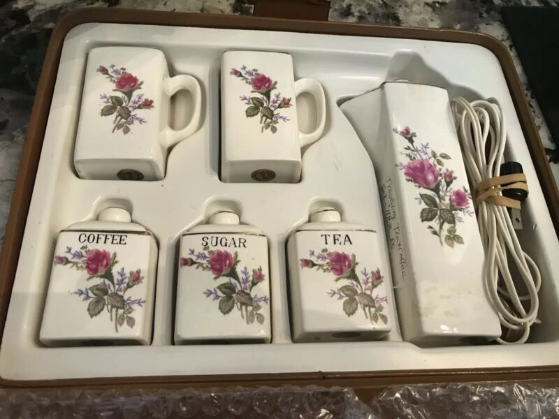 Travelling Picnic Moss Rose Tea canister coffee pot set