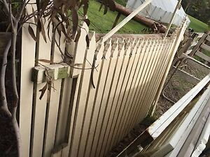 Assorted picket fences Broadford Mitchell Area Preview