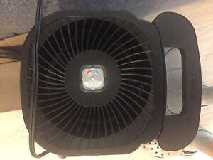 Bionaire® Cool Mist Tower Humidifier good condition