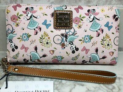 Disney Dooney 2020 EPCOT Flower & Garden Festival Minnie Wristlet Wallet