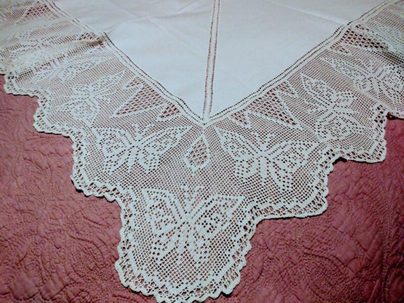 "Amazing Butterfly Design Irish Crochet Lace White Linen Tablecloth 43"" x 42"""