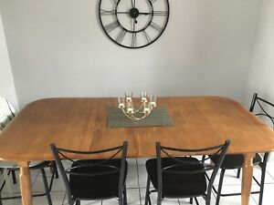 Dining set (table & chairs)