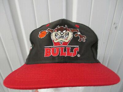 VINTAGE NBA X LOONEY TUNES CHICAGO BULLS Tasmanian Devil SNAPBACK CAP HAT