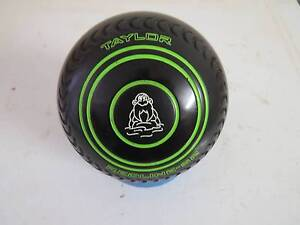 Taylors Redline SR Bowls Size 4 Gripped Highbury Tea Tree Gully Area Preview