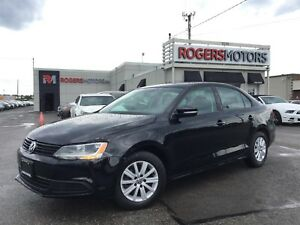 2014 Volkswagen Jetta - 5SPD - SUNROOF - HTD SEATS