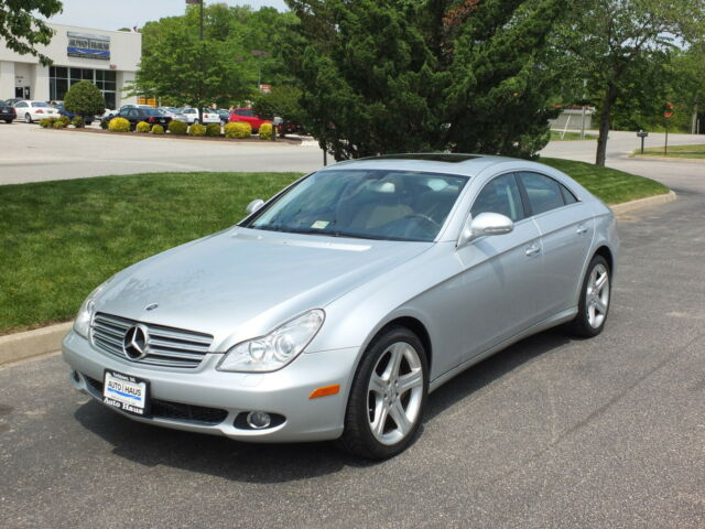 2006 mercedes cls500 looks runs drives great loaded sporty luxurious used mercedes. Black Bedroom Furniture Sets. Home Design Ideas