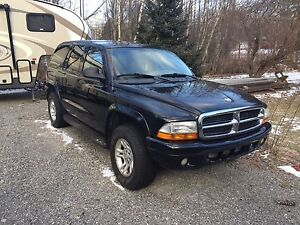 2002 Dodge Durango. Low mileage