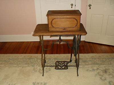 Vintage American Button Hole Overseaming and Sewing Machine