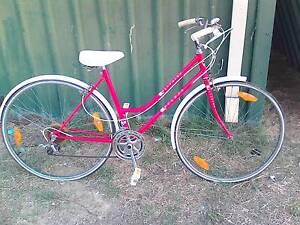 oldschool ladies road bike cyclops 28 inch Forrestfield Kalamunda Area Preview