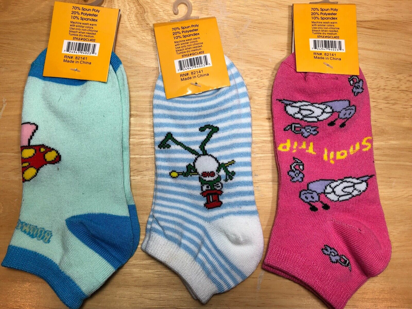 Brand New 3 pair pack Griffin Women's Collection printed socks size 9-11 Clothing, Shoes & Accessories