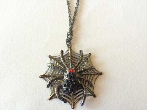 Womans Girls Goth Halloween Necklace Jewelry Black Jewel Spider Web w Red Eyes