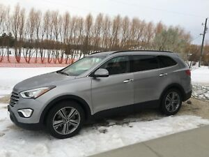 2013 Hyundai Santa Fe XL Limited low kms
