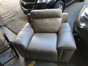 Cindy Crawford Seth Collection Genuine Leather Chair