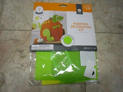 HALLOWEEN Dragon PUMPKIN DECORATING KIT FOR 9 TO 13 IN PUMPKINS NO GLUE