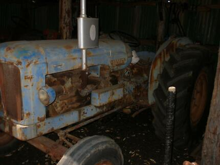FORDSON MAJOR TRACTOR Collie Collie Area Preview