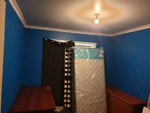 Furnished room for rdnt in werribee 160 per week