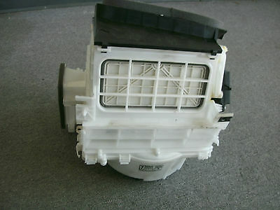 (03-07 Infiniti G35 Coupe Blower Motor Housing Assy OEM Factory 27200-AM600)