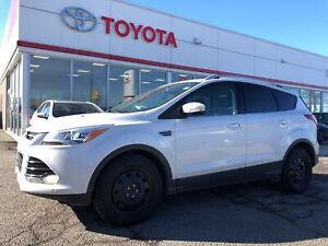 2015 Ford Escape Titanium, Only 89986 Km's, Navigation, Proxy Ke