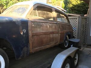 1951 Ford woodie parts car