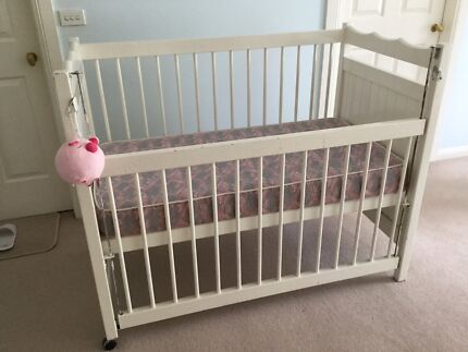 baby cot sets in Melbourne Region VIC Cots Bedding Gumtree