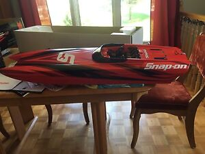 Bateau m41 widebody édition snap on
