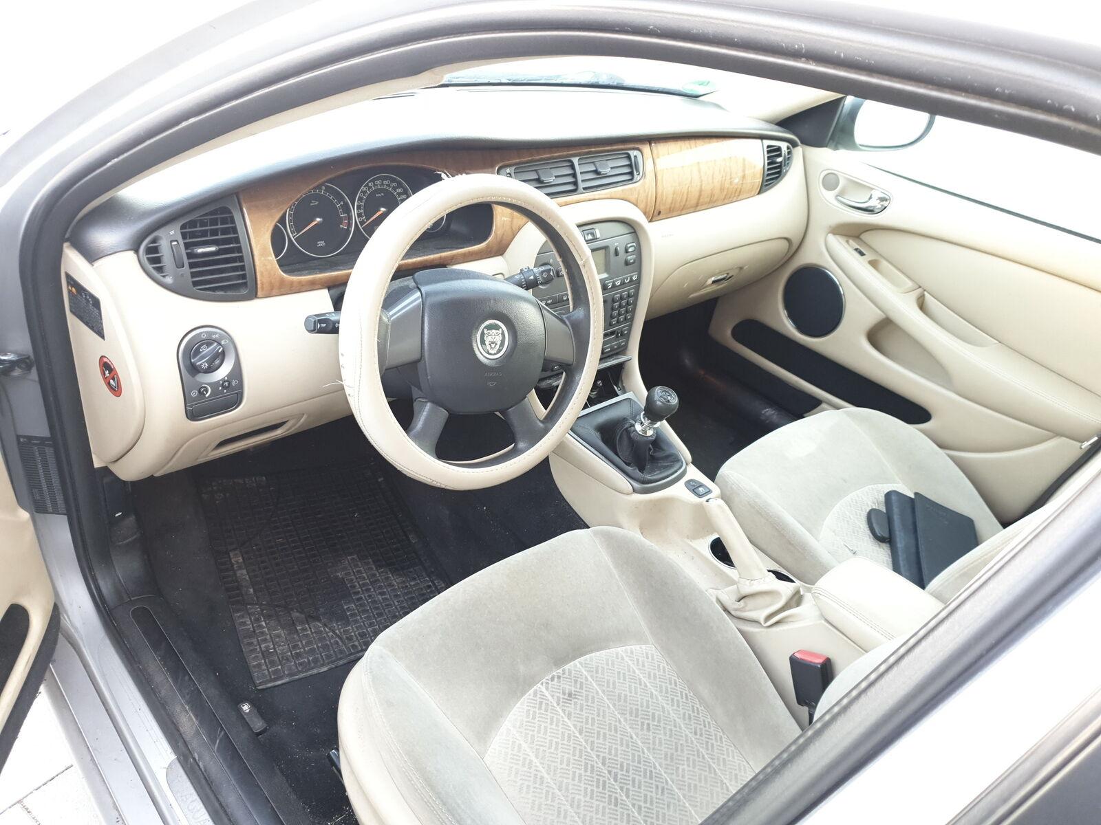 Auto-Anbau- & -Zubehörteile Abschleppöse Abschlepphaken Tow hook Jaguar XF Abschleppseile