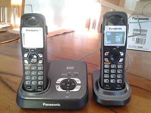 Digital Cordless Phone Answering system with 2 Handsets Fremantle Fremantle Area Preview