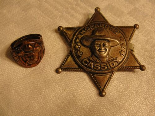 VINTAGE HOPALONG CASSIDY BADGE AND PREMIUM RING