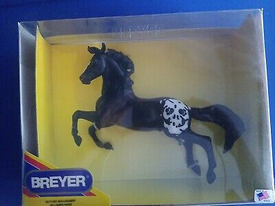 Rare FIRST Breyer Halloween horse Skullduggery on Silver mold