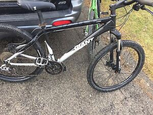 Giant XTC2 Mountain bike 27 Speed Full Disc Brake