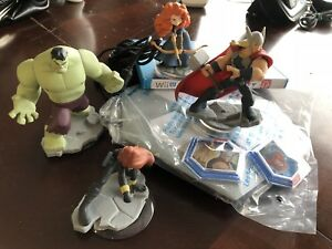 Disney infinity 2.0 WiiU (2 sets)