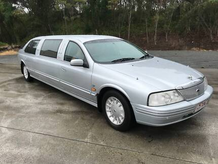 FORD FAIRLANE GHIA LIMOUSINE 9 SEATER GAS/PETROL FAST EASYFINANCE Biggera Waters Gold Coast City Preview