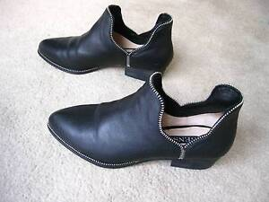 SENSO LEATHER ANKLE BOOTS Campbelltown Campbelltown Area Preview