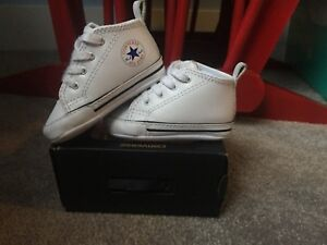 • White converse crib shoes  SIZE2