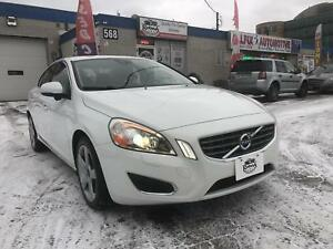 2013 Volvo S60 T5 _SUNROOF_LEATHER_BLUETOOTH_BLIND SPOTS SENSOR