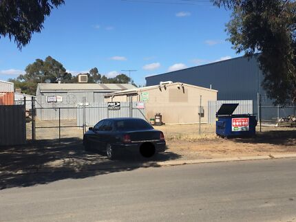 Work shops  / Sheds with hardstand for lease $500 p/week