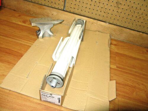 Waldmann RL70C-136S *NEW* Fluorescent Tube Light 108620001-00013818 Safety Glass