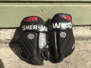 Sherwood Hockey Gloves