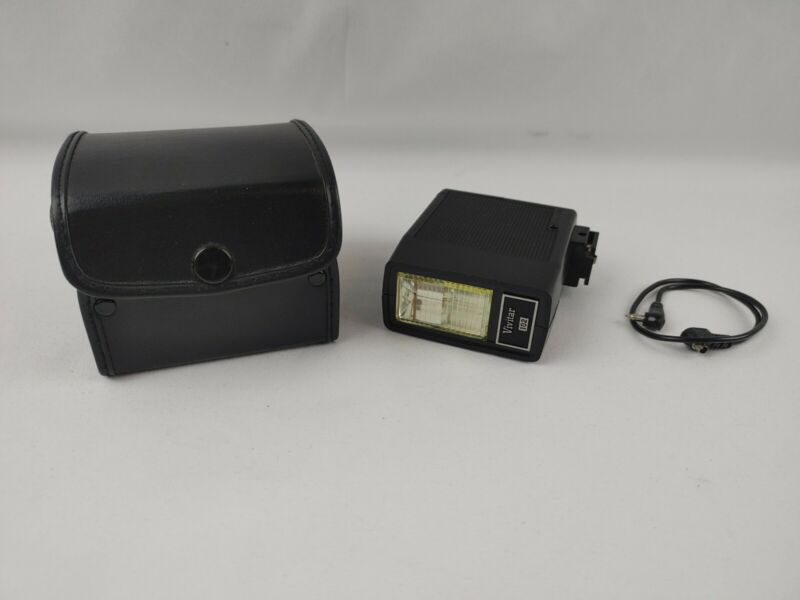 Vivitar 102 Flash w/ Cable and Leather Case - Tested Works Fine