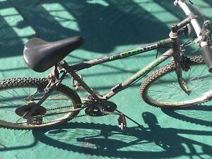 Vélo bicyclette à vendre