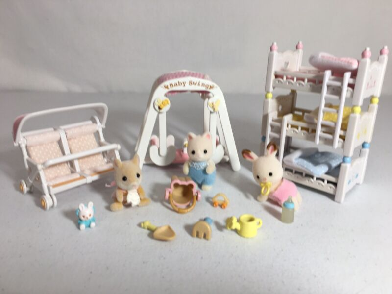 Calico critters/sylvanian families Triple Baby Bunk Beds Stroller 3 Babies Swing