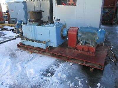 Sew-eurodrive Motor Gear M4rvsf90 100hp75kw 175 Ratio 1800rpm In 10rpm Out Used