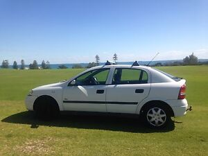 2004 Holden Astra Hatchback white - great condition QUICK SALE Cottesloe Cottesloe Area Preview