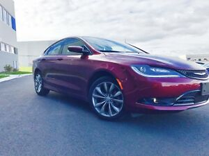2015 chrysler 200S- under full warranty-2020