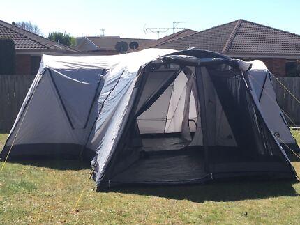 Oztrail Villa 12 Man Tent