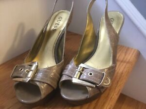 GUESS size 6