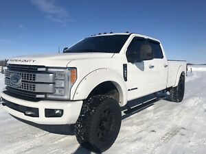 2017 FORD F-350 PLATINUM **LEVELLING KIT, DELETED, DIESEL**