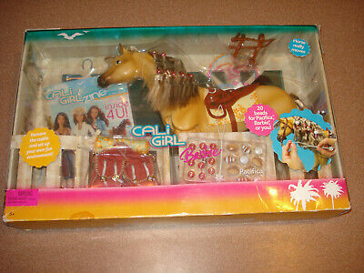 MATTEL BARBIE CALI Girl Horse PACIFICA & Accessories NOS Toy 2004 Un Opened Box